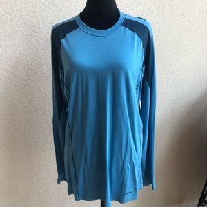 Patagonia Long Sleeve Crew Merino Large Shirt!
